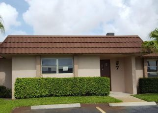 Casa en ejecución hipotecaria in West Palm Beach, FL, 33415,  FERNLEY DR E ID: F4158018