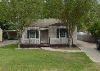 Casa en ejecución hipotecaria in Groves, TX, 77619,  BROWNING ST ID: F4158418