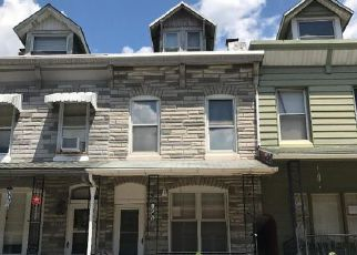 Casa en ejecución hipotecaria in Reading, PA, 19602,  MUHLENBERG ST ID: F4158703