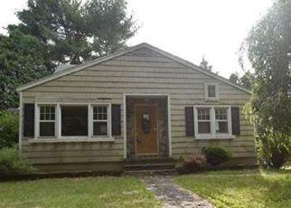 Casa en ejecución hipotecaria in Milford, CT, 06461,  N RUTLAND RD ID: F4158847