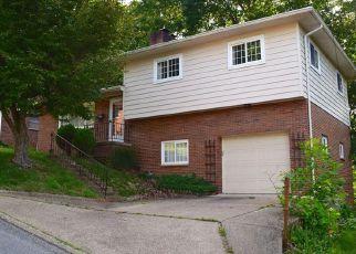 Casa en ejecución hipotecaria in Kanawha Condado, WV ID: F4159072
