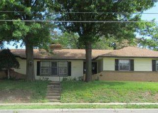 Casa en ejecución hipotecaria in Kansas City, MO, 64128,  E 39TH ST ID: F4159385