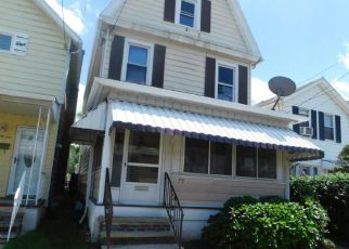 Casa en ejecución hipotecaria in Wilkes Barre, PA, 18702,  MAXWELL ST ID: F4160450
