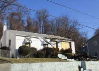 Casa en ejecución hipotecaria in Coatesville, PA, 19320,  COATES ST ID: F4160485