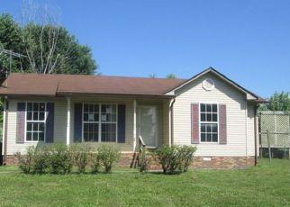 Casa en ejecución hipotecaria in Oak Grove, KY, 42262,  INDIAN AVE ID: F4160568
