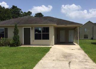 Foreclosure Home in Denham Springs, LA, 70726,  SOUTHPARK LN ID: F4160857