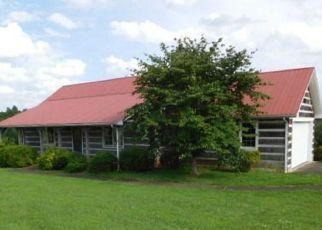 Casa en ejecución hipotecaria in Mount Airy, NC, 27030,  TURKEY FORD RD ID: F4161372