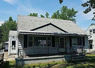 Casa en ejecución hipotecaria in Buffalo, NY, 14218,  WIESNER RD ID: F4161377
