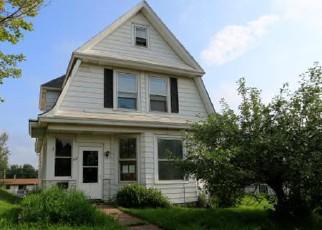 Casa en ejecución hipotecaria in Duluth, MN, 55810,  4TH ST ID: F4161879
