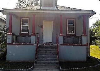 Casa en ejecución hipotecaria in Vineland, NJ, 08360,  S 8TH ST ID: F4161925