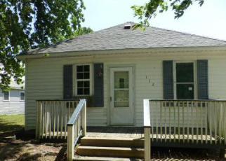 Casa en ejecución hipotecaria in Christian Condado, IL ID: F4162193
