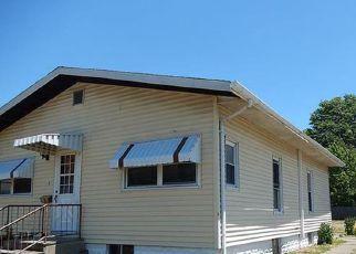Casa en ejecución hipotecaria in Macoupin Condado, IL ID: F4162915
