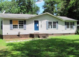 Casa en ejecución hipotecaria in Richlands, NC, 28574,  ERVINTOWN RD ID: F4163299