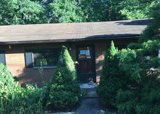 Casa en ejecución hipotecaria in Saint Albans, WV, 25177,  S WALNUT DR ID: F4164105