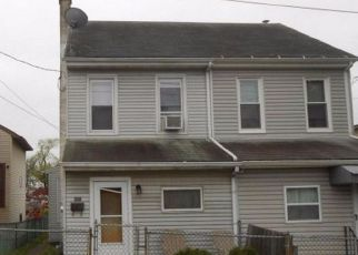 Casa en ejecución hipotecaria in Pottstown, PA, 19464,  SOUTH ST ID: F4168483