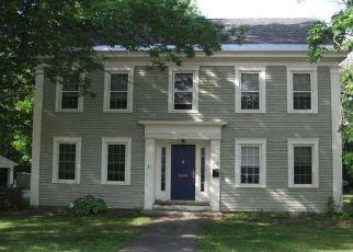 Casa en ejecución hipotecaria in Dover Foxcroft, ME, 04426,  W MAIN ST ID: F4189097