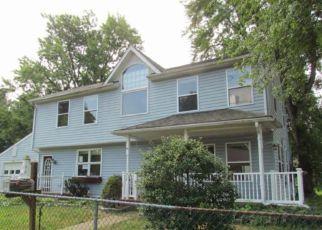 Casa en ejecución hipotecaria in Woodbury, NJ, 08096,  WOODBURY LAKE DR ID: F4189437
