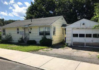 Casa en ejecución hipotecaria in Waterbury, CT, 06706,  BROOKVIEW AVE ID: F4189793
