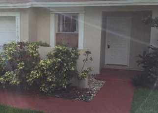 Casa en ejecución hipotecaria in Miami, FL, 33186,  SW 109TH TER ID: F4190119