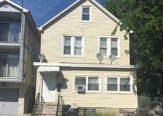 Casa en ejecución hipotecaria in Elizabeth, NJ, 07206,  BOND ST ID: F4190209