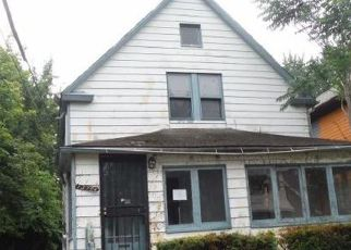 Casa en ejecución hipotecaria in Cleveland, OH, 44110,  PARKGROVE AVE ID: F4190529