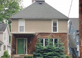 Casa en ejecución hipotecaria in Watertown, NY, 13601,  CENTRAL ST ID: F4190585