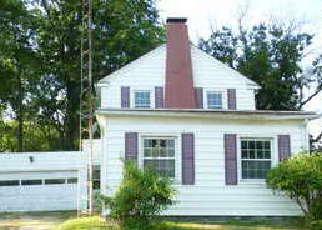 Casa en ejecución hipotecaria in Macoupin Condado, IL ID: F4191544