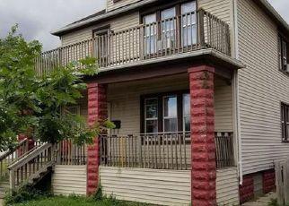 Casa en ejecución hipotecaria in River Rouge, MI, 48218,  STONER ST ID: F4192405
