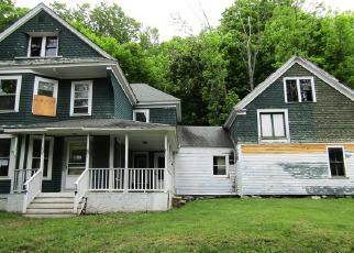 Casa en ejecución hipotecaria in Dexter, ME, 04930,  HIGHLAND AVE ID: F4192455