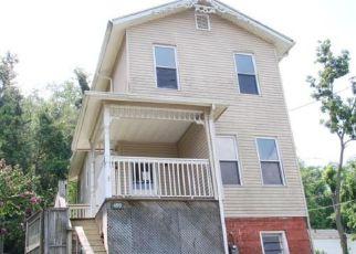 Casa en ejecución hipotecaria in Clarksburg, WV, 26301,  HORNOR AVE ID: F4193152