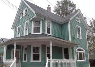 Casa en ejecución hipotecaria in Milford, CT, 06461,  BERWYN ST ID: F4193807
