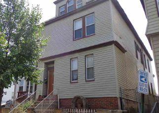 Casa en ejecución hipotecaria in Elizabeth, NJ, 07206,  COURT ST ID: F4194263