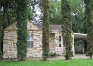 Casa en ejecución hipotecaria in Fort Worth, TX, 76111,  CONWAY ST ID: F4194680