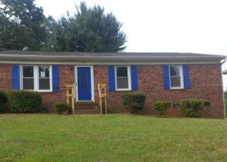 Casa en ejecución hipotecaria in Winston Salem, NC, 27105,  KAYBROOK DR ID: F4194814
