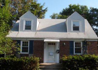 Casa en ejecución hipotecaria in Bristol, CT, 06010,  BIRGE RD ID: F4194891