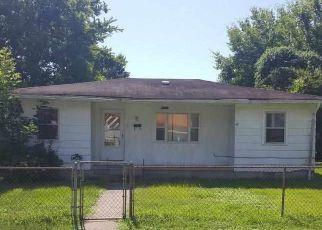 Casa en ejecución hipotecaria in Paducah, KY, 42003,  JARRETT ST ID: F4195182