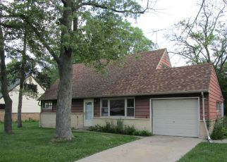 Casa en ejecución hipotecaria in Park Forest, IL, 60466,  WASHINGTON ST ID: F4195271