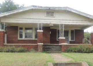 Casa en ejecución hipotecaria in Fort Worth, TX, 76110,  W DICKSON ST ID: F4195543
