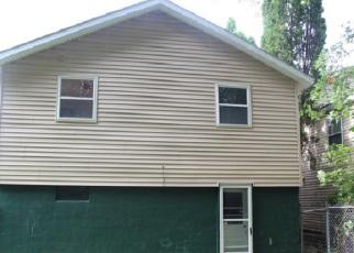 Casa en ejecución hipotecaria in Syracuse, NY, 13224,  HAZELWOOD AVE ID: F4195841