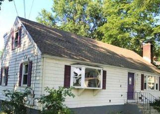 Casa en ejecución hipotecaria in East Hartford, CT, 06108,  PROSPECT ST ID: F4196055
