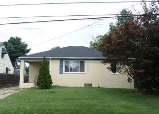 Casa en ejecución hipotecaria in Vineland, NJ, 08360,  W ALMOND ST ID: F4196694