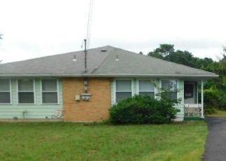 Casa en ejecución hipotecaria in Toms River, NJ, 08753,  HOVSONS BLVD ID: F4197075