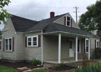 Casa en ejecución hipotecaria in Kingsport, TN, 37660,  BLOOMINGDALE PIKE ID: F4197297