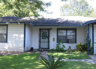 Casa en ejecución hipotecaria in Houston, TX, 77051,  BUFFUM ST ID: F4197423