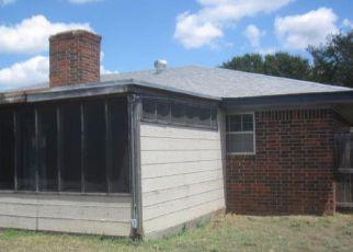 Casa en ejecución hipotecaria in Pampa, TX, 79065,  LEA ST ID: F4197455