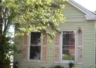 Casa en ejecución hipotecaria in Covington, KY, 41014,  CENTER ST ID: F4197768