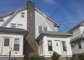 Casa en ejecución hipotecaria in Lansdowne, PA, 19050,  BULLOCK AVE ID: F4198679