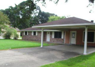 Casa en ejecución hipotecaria in New Iberia, LA, 70560,  INEZ RD ID: F4199281