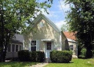 Casa en ejecución hipotecaria in New Albany, IN, 47150,  MOSIER AVE ID: F4199547