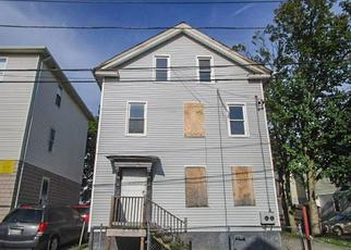 Casa en ejecución hipotecaria in Providence, RI, 02905,  HARRIET ST ID: F4199814